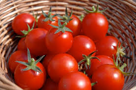 """Tomato in the basket image"""