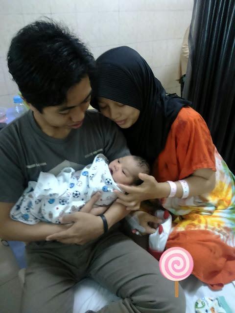 Catatan Ayah : Birth Story, Tataplah Lazuardi Dunia Putri Kecilku
