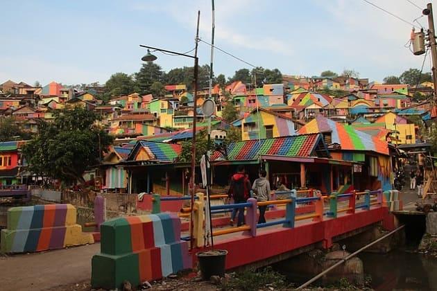 Kampung Pelangi Semarang, Ide Wisata Murah Meriah dan Unik di Tengah Kota