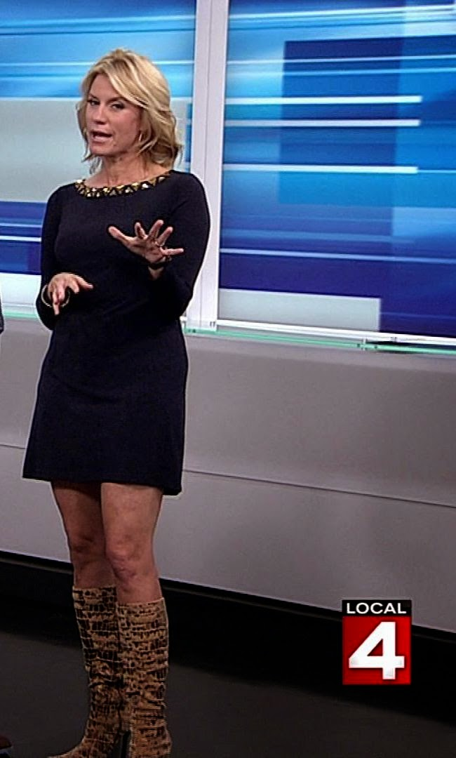 Nicolle Wallace Legs