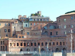 guia De Roma foro Traiano portugues - Mitos e realidade sobre conhecer Roma