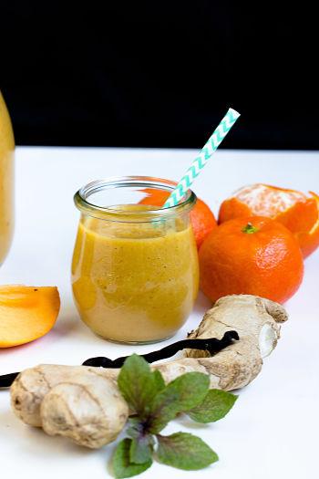 persimon mandarinen smoothie mit kurkuma und ingwer mein fr hst cksgl ck sasibella. Black Bedroom Furniture Sets. Home Design Ideas
