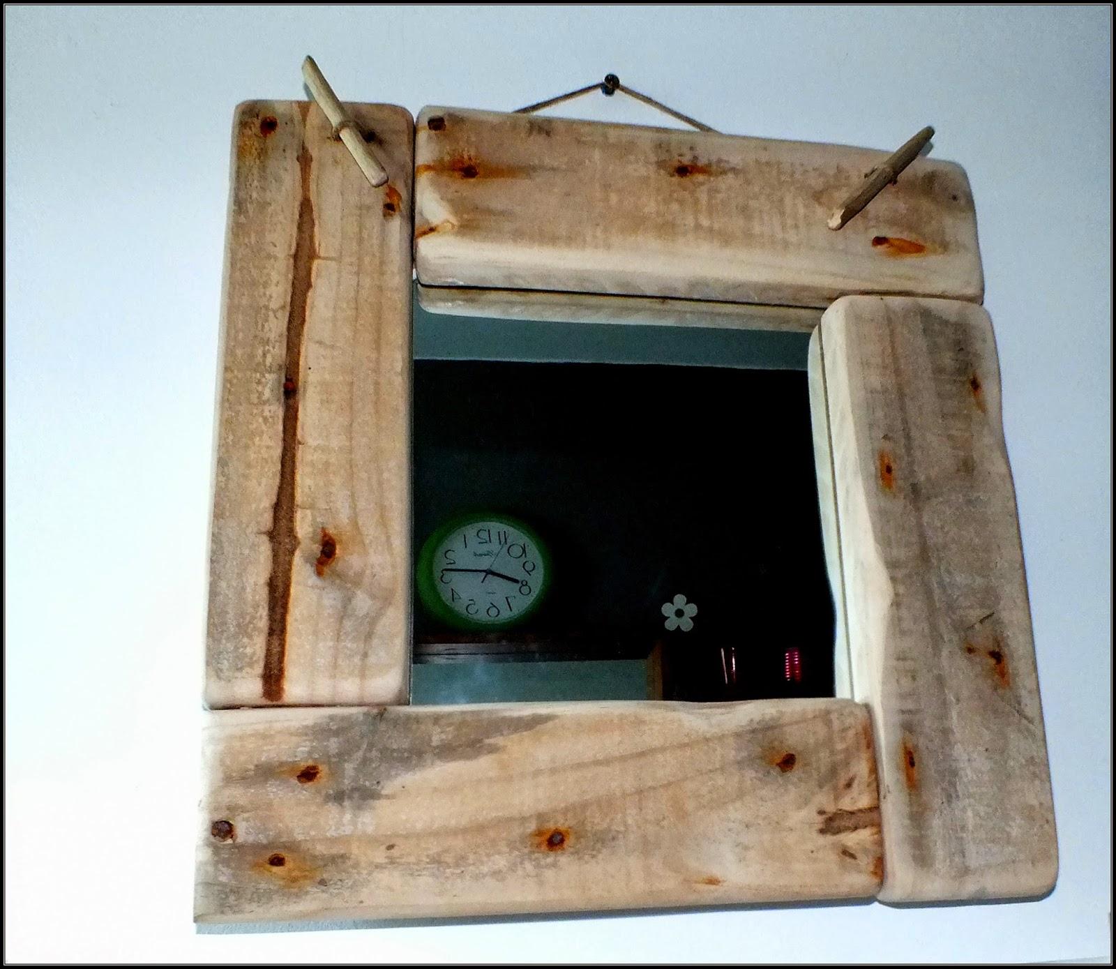 mutoz inc art en bois flott miroir avec cadre en bois flott d coration esprit upcycling. Black Bedroom Furniture Sets. Home Design Ideas