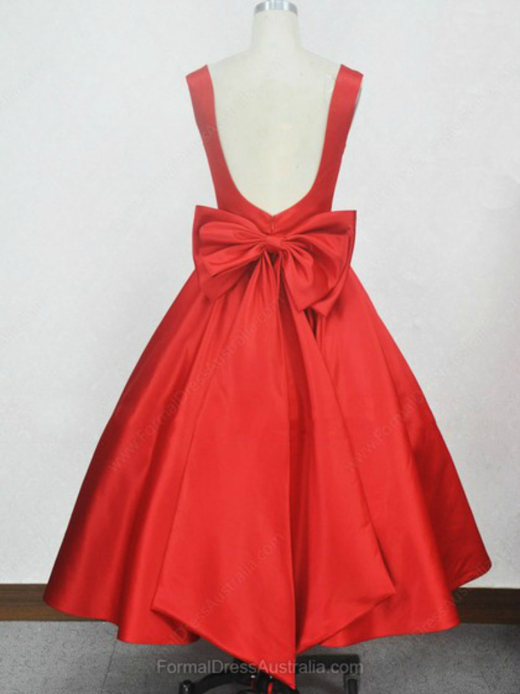http://www.formaldressaustralia.com/ball-gown-satin-square-neckline-with-bow-tea-length-formal-dresses-formal020104134-p7943.html?utm_source=post&utm_medium=FDA117&utm_campaign=blog