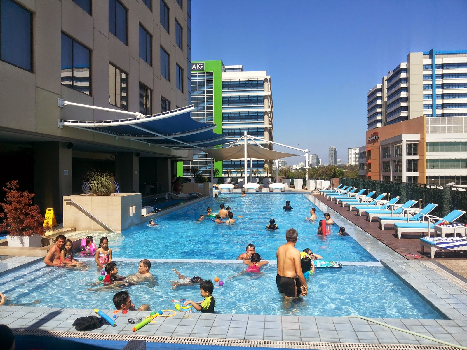 Family Friendly Hotels With Pool On Your Next Staycation Mommy Practicality