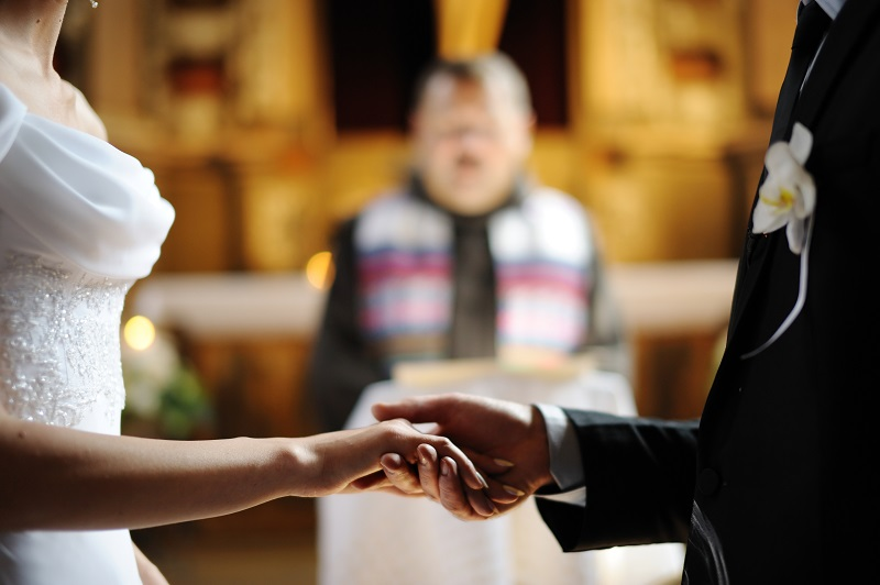 Tips to Choose Right Marriage Celebrant