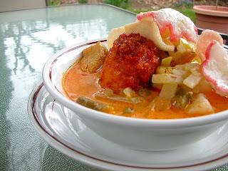 7 Makanan khas betawi tempo dulu yang hampir punah kerak telor soto dan keterangannya di jakarta wikipedia atau sunda adalah gambarnya penjelasannya kue masakan sejarahnya bahannya daftar minuman ketupat sayur nasi uduk semur jengkol ketoprak gado-gado