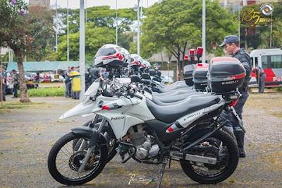 ROCAM APREENDE MOTOCICLETA FURTADA COM ADOLESCENTE EM MIRACATU