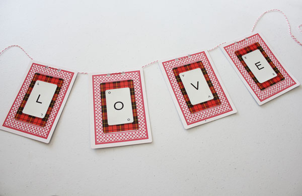Vintage Valentine Decor and Banner Project