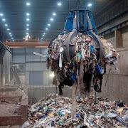 Ο νέος Κώδικας Αυτοδιοίκησης προωθεί τα συμφέροντα των βαρόνων των σκουπιδιών