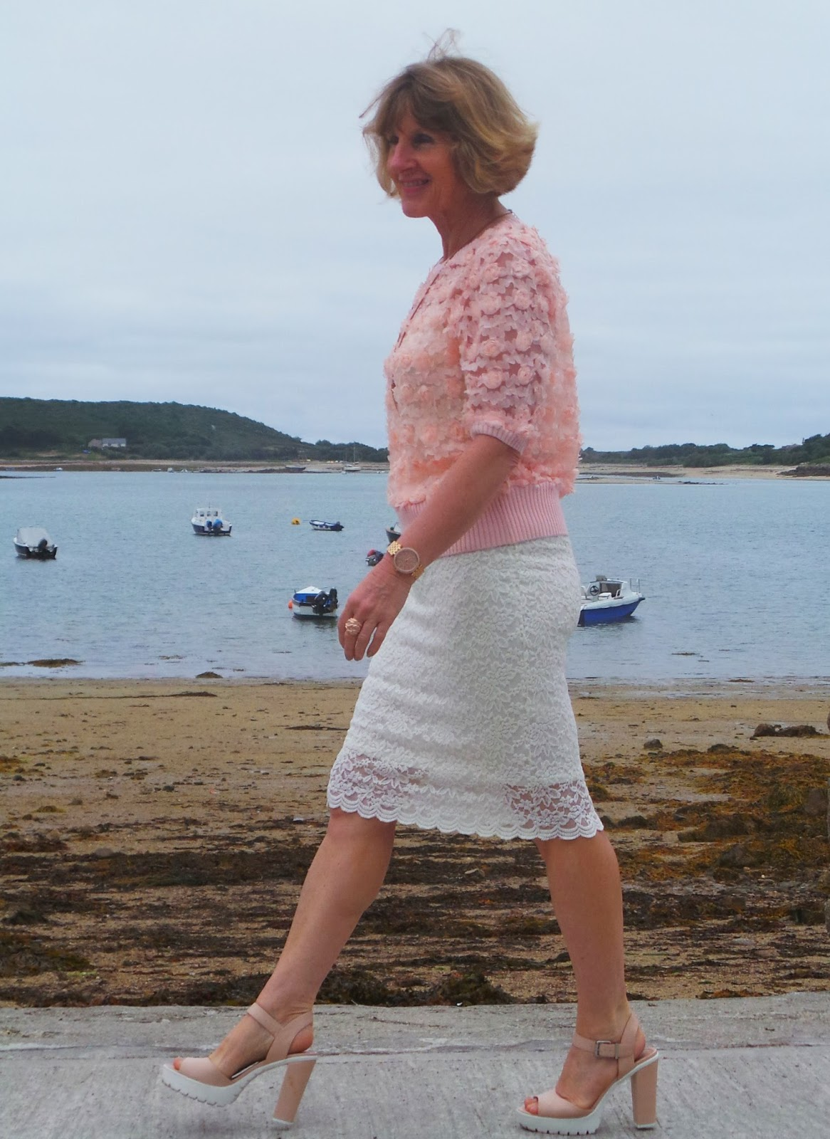 Anna Parkes from Annas Island Style in the 5 Over 50 Challenge Amazing Lace