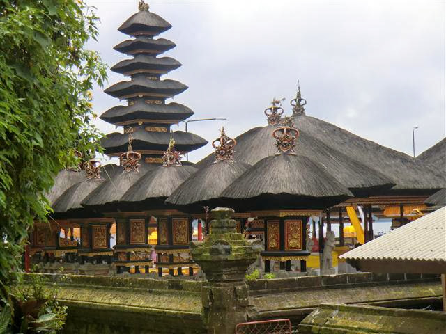Bali  Rundreise mit Tempel Puran Ulun Danu