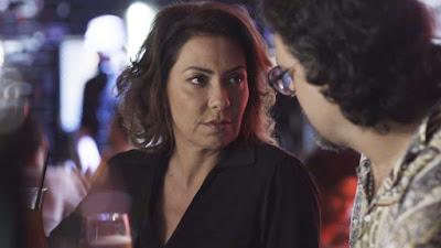 Nana (Fabiula Nascimento) abre o jogo com Mario (Lucio Mauro Filho) em 'Bom Sucesso' — Foto: TV Globo