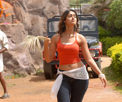Ileana D'Cruz Hot photos,  Ileana D'Cruz birth date,  Ileana D'Cruz complete biography,  Ileana D'Cruz hot photoshoot,  Ileana D'Cruz hot videos