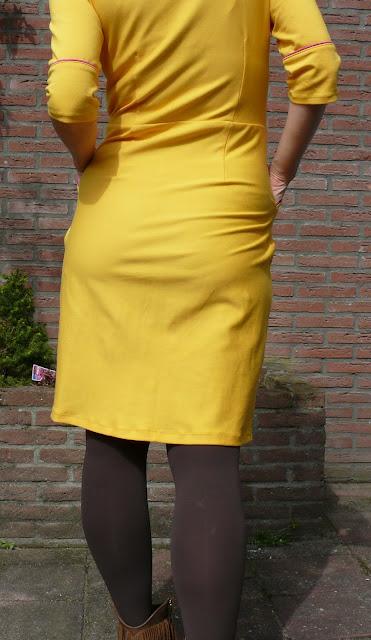 knale gele lora jurk
