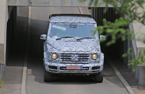 2018 Mercedes-Benz G-Wagen Spied Cars Redesigned, Reviews, Redesign, Exterior & Interior, Powertrain, Performance, Release Date And Price