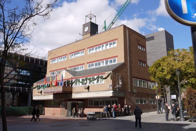 http://marcaempleo.es/2016/10/24/alcorcon-ofertara-mas-20-nuevas-plazas-empleo-publico/