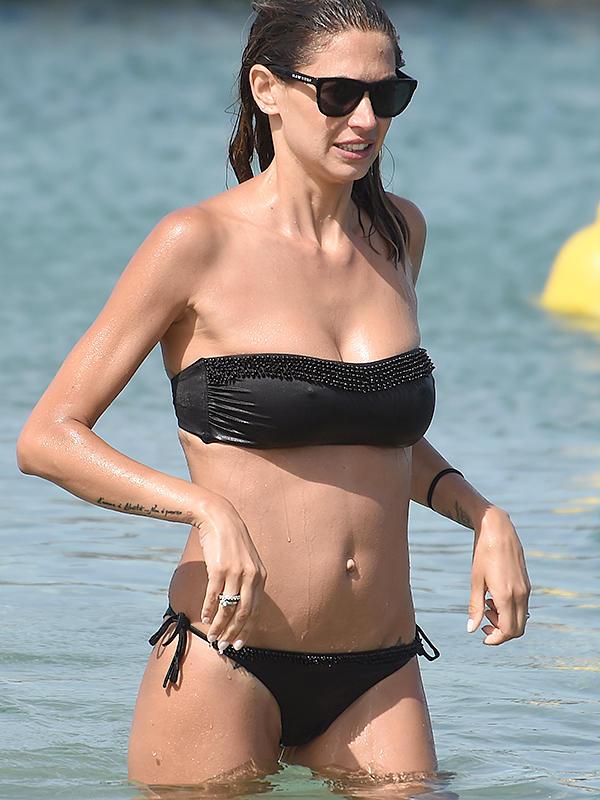 Melissa Satta Nude Photos 32