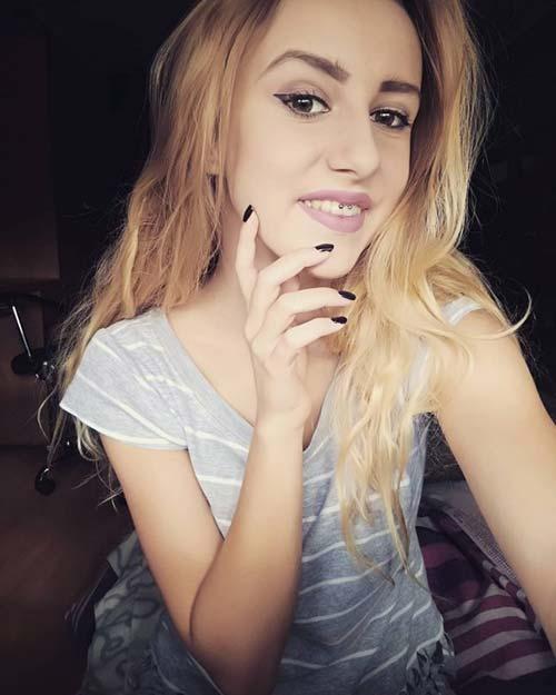 sarışın smiley piercing blonde