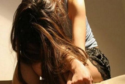 «Με έδεσαν και με Bίαζαν ο ένας μετά τον άλλον»! Συγκλονίζει η ιστορία της 14χρονης Χριστίνας από τη Λάρισα