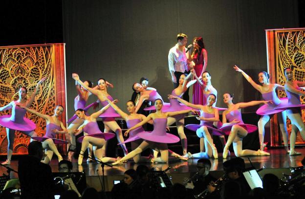 facebook bailarines voyeur cerca de vigo