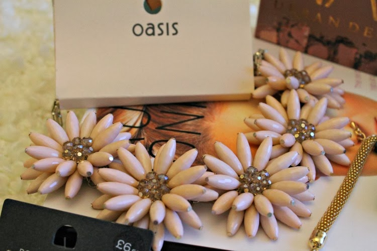 Oasis Pink Flower Necklace
