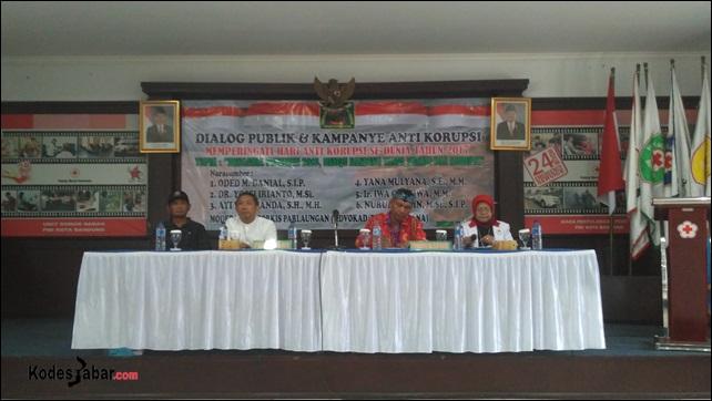 Dialog Publik dan Kampanye Anti Korupsi Menjelang Pilwalkot Bandung 2018