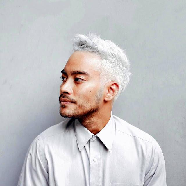 model Warna Rambut Pria Putih yang disukai wanita sekarang