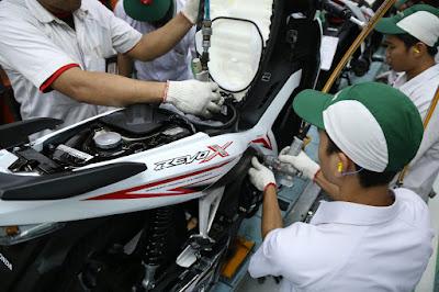 Produksi New Honda Revo X di AHM Plant
