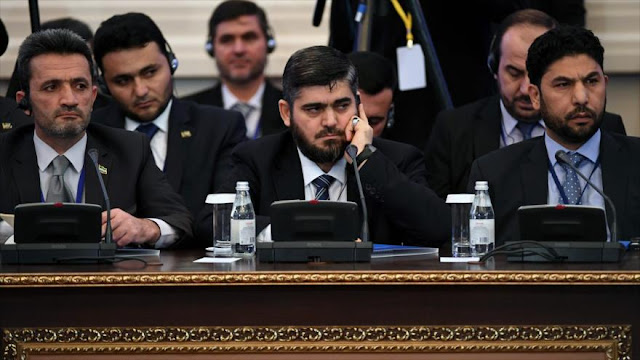 Oposición siria amenaza con no asistir a diálogos de Ginebra