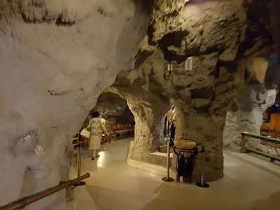 Iglesia en una cueva en Budapest