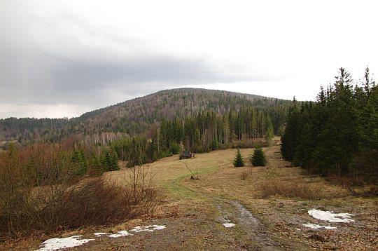 Przełęcz Półgórska (słow. Sedlo Pod Beskydom, 809 m n.p.m.)