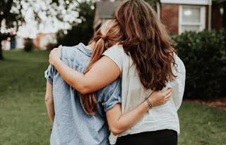 بعض النصائح لتخلص صديقك من الاكتئاب:
