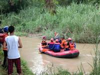 Hujan Lebat di Purwakarta, Hanyutkan Seorang Anak Sekolah Dasar