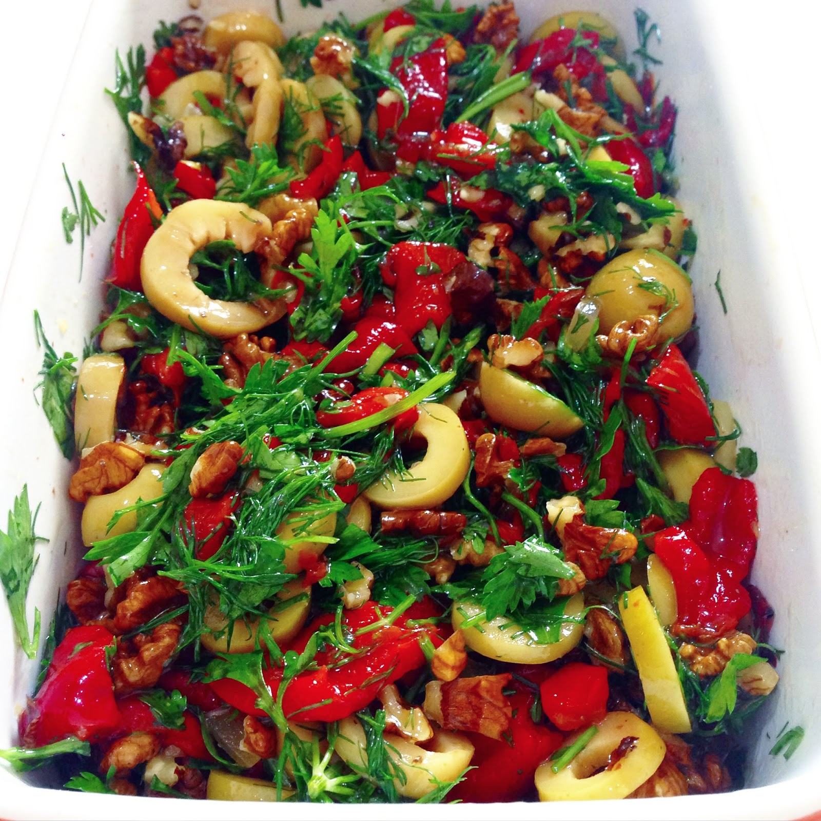 Kurutulmuş Domatesli ve Biberli Salata