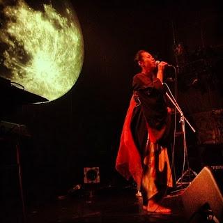 Vocalist Keisei of xiè performing at Moon Romantic, Minami-Aoyama, Tokyo.