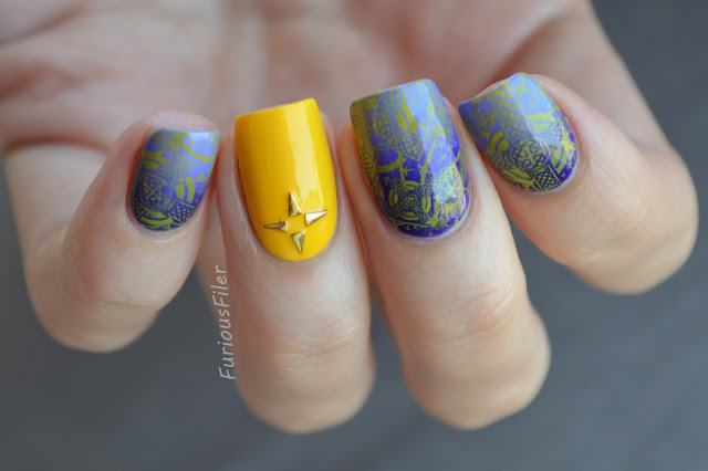 #31dc2015 supernatural halloween studded nail art gradient