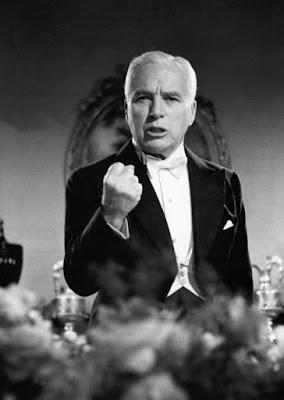"""Чарльз Чаплин в фильме """"Король в Нью-Йорке"""" (1957)"""
