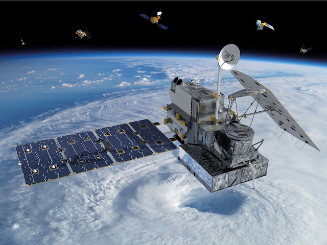Satelit buatan.