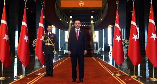 Οι δύο πόλεμοι του Ερντογάν