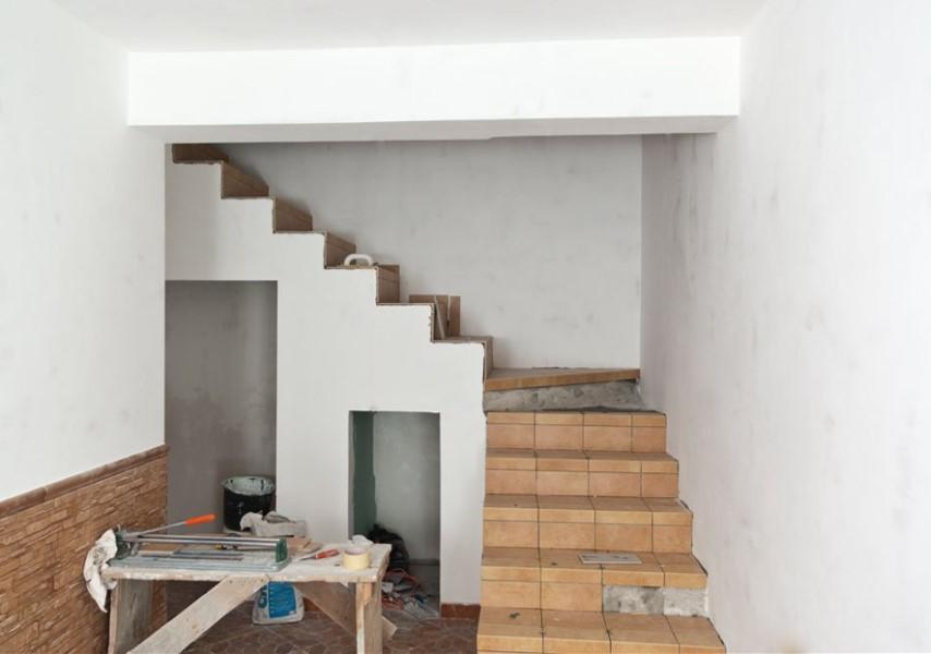 Diseño,Construcción, Encofrado y Acabado de una Escalera ...