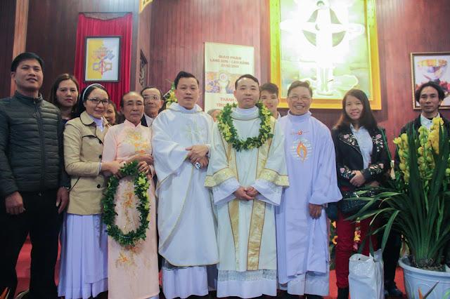 Lễ truyền chức Phó tế và Linh mục tại Giáo phận Lạng Sơn Cao Bằng 27.12.2017 - Ảnh minh hoạ 203