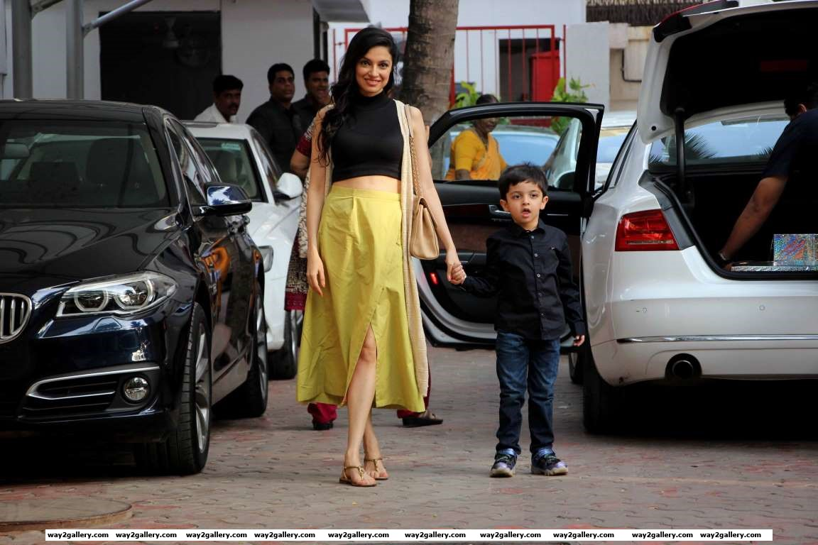 Sanam Re director arrives for Viaans th birthday celebrations along with her son