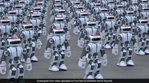 robots-dancing.jpg