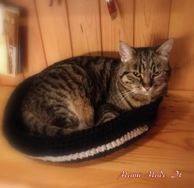Katze im Korb - Cat Basket