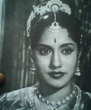 Sideboobs S. Varalakshmi  nude (25 photos), YouTube, bra
