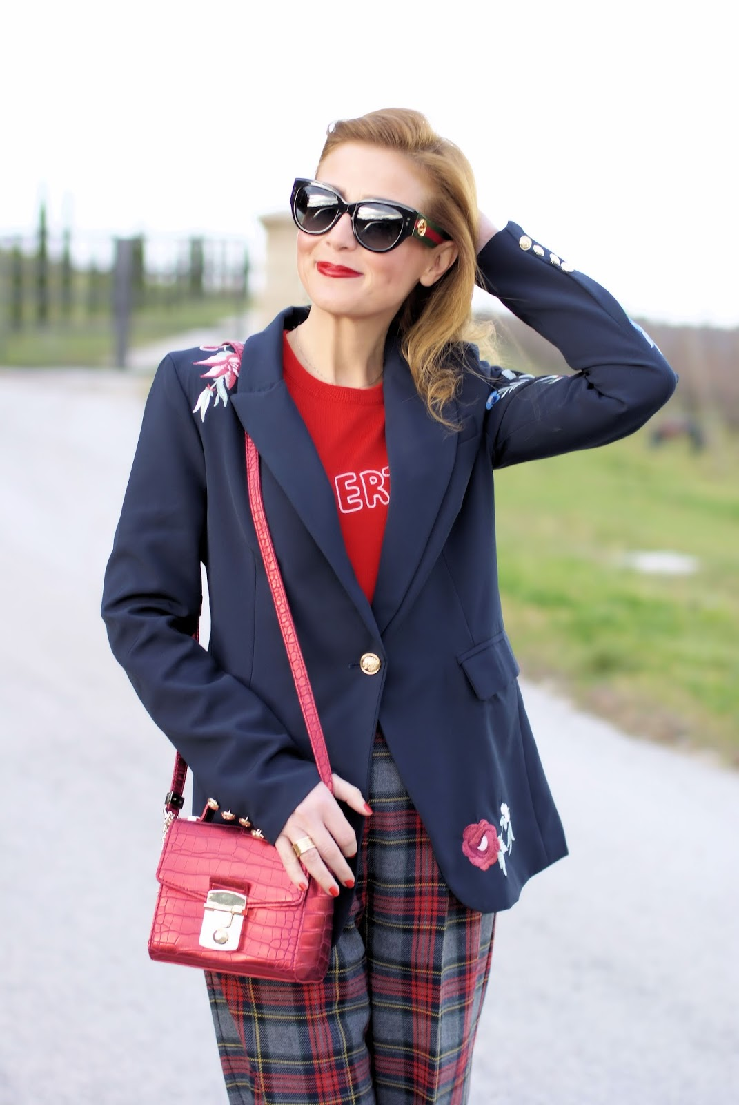 Zaful embroidered blazer and Gucci sunglasses on Fashion and Cookies fashion blog, fashion blogger style