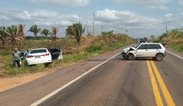 Colisão transversal na BR-010 deixa quatro pessoas feridas no Maranhão
