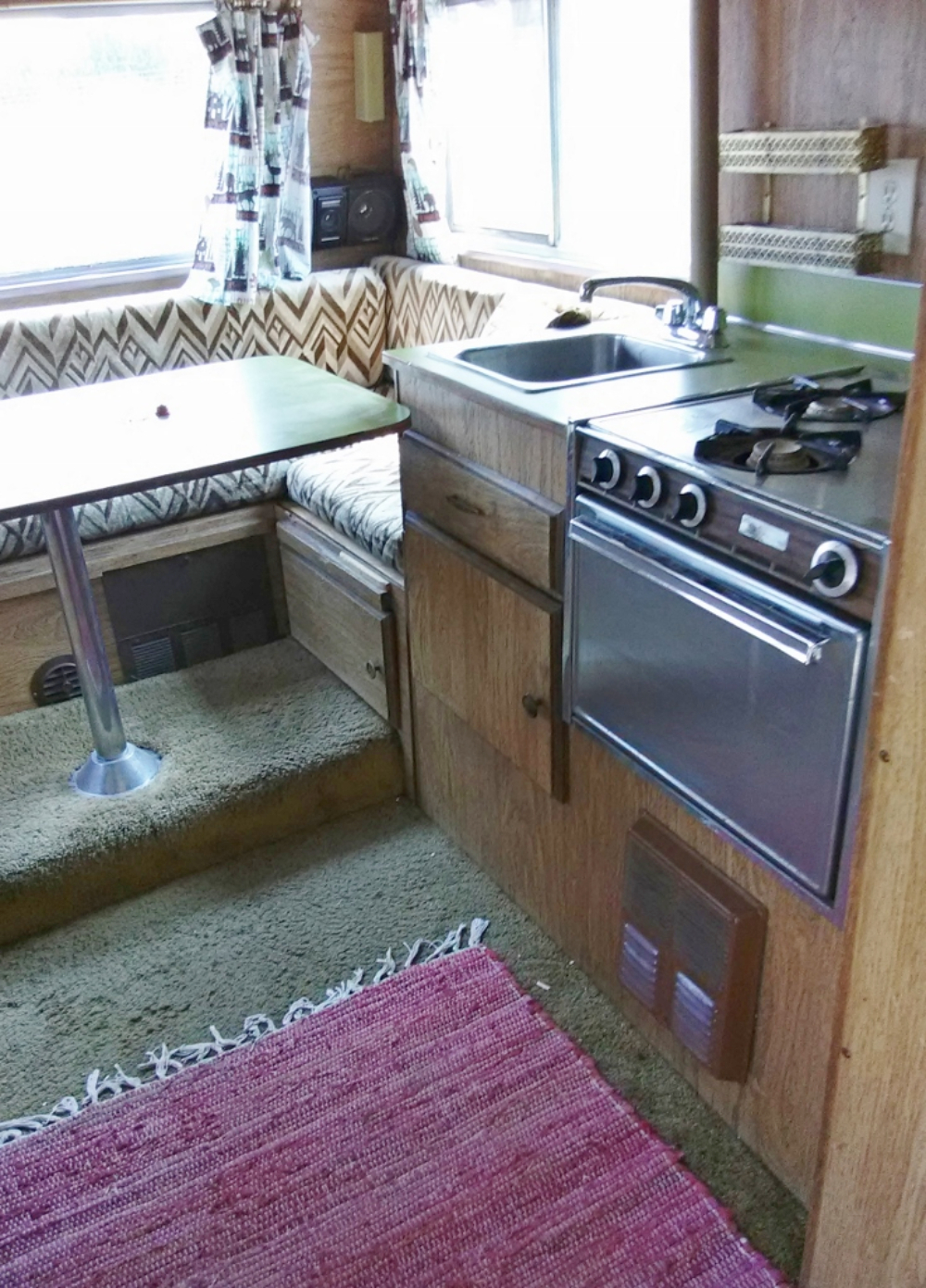 motorhome kitchen - dining area
