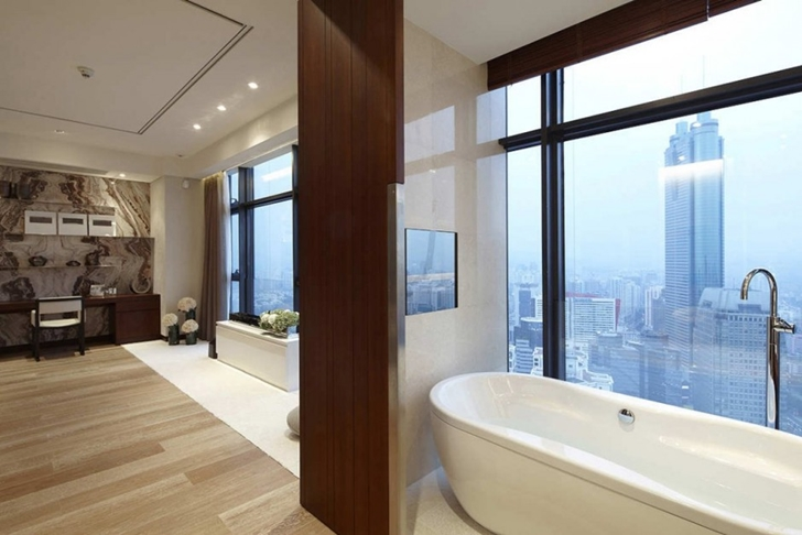 Bathroom in Modern apartment in Shenzhen by Kokai Studio